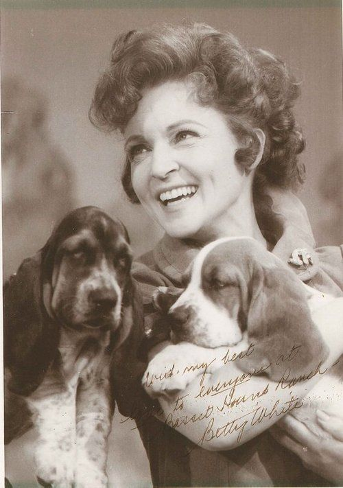 Betty White with dogs