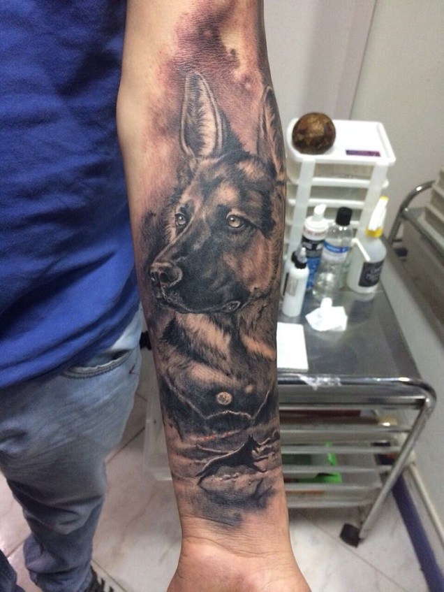 the 15 coolest german shepherd tattoo designs in the world. Black Bedroom Furniture Sets. Home Design Ideas
