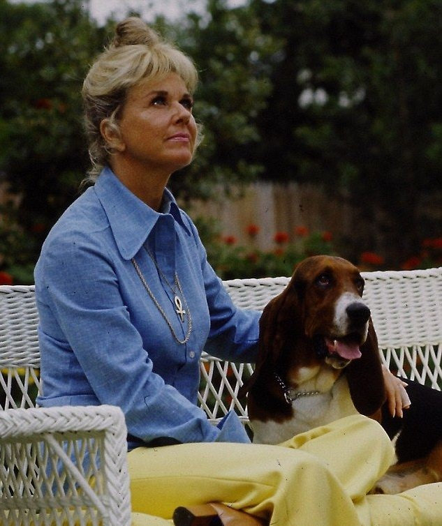 Doris Day with basset hound