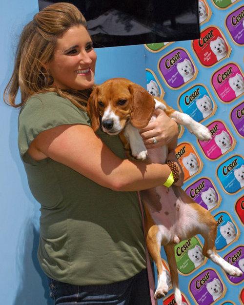 Kaycee Stroh with beagle