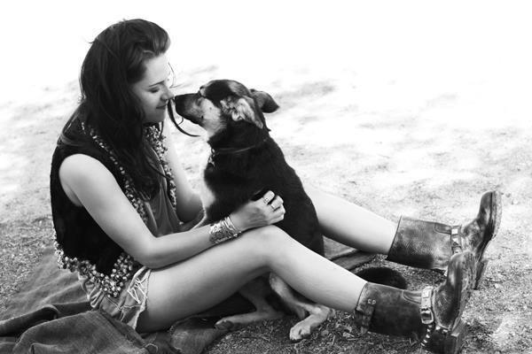 Kristen Stewart and her gsd