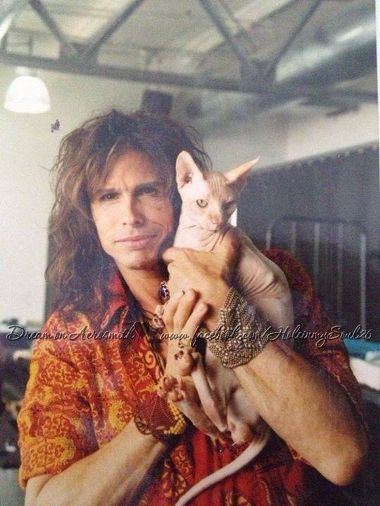 Steven Tyler with cat
