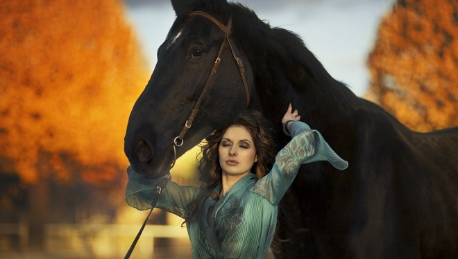 aweosme wallpaper horse woman