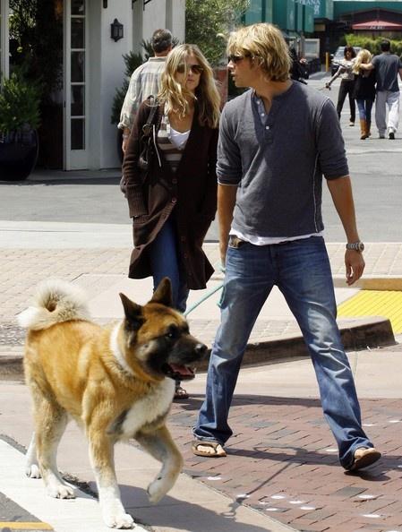 eric christian olsen with dog