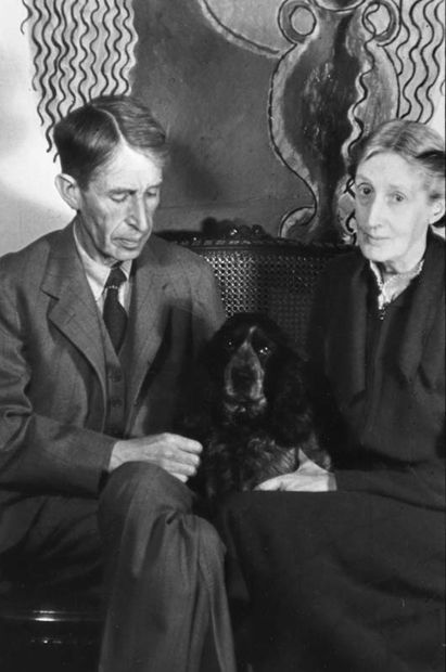 Famous Writers and their Favorite Pets 28