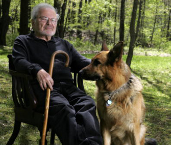 Famous Writers and their Favorite Pets 32